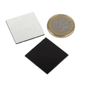 Patrate magnetice autoadezive 30x30 mm
