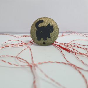 Martisor magnetic pisica cu atitudine